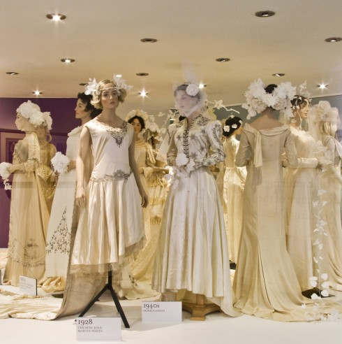 Fashion museum in world s top 10 now bath for Museum of fashion nyc