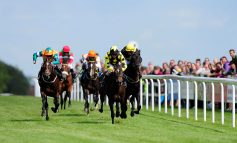 Local residents being invited to enjoy free night out at Bath Racecourse