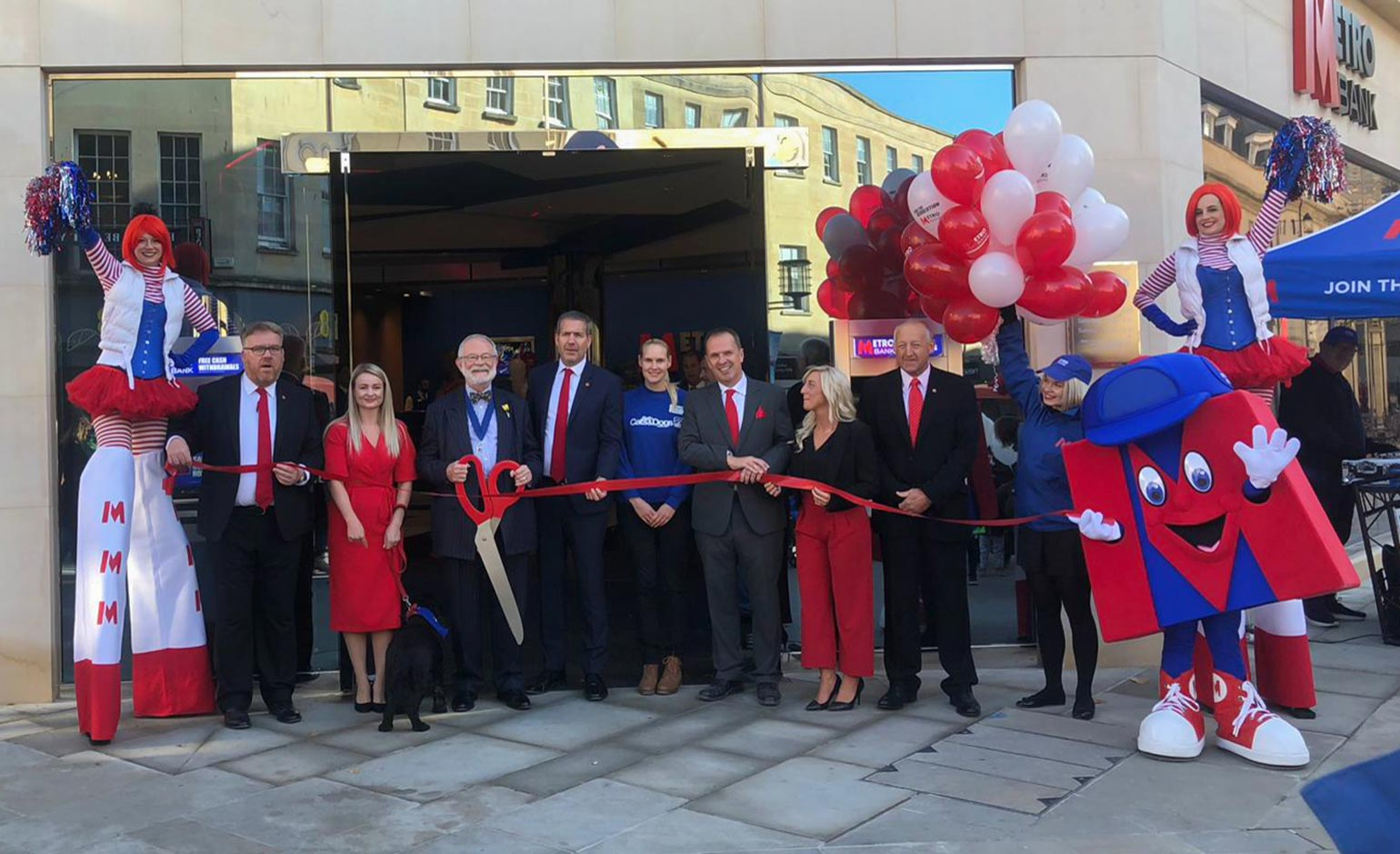 Celebration marks Metro Bank milestone with 60th store opening in Bath