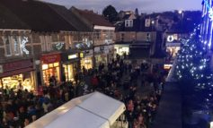 Oldfield community prepares for popular annual Christmas light switch-on