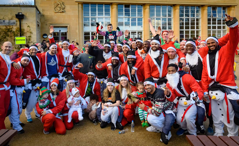 Hundreds of Santas and Elves assemble for Dorothy House's festive fun run