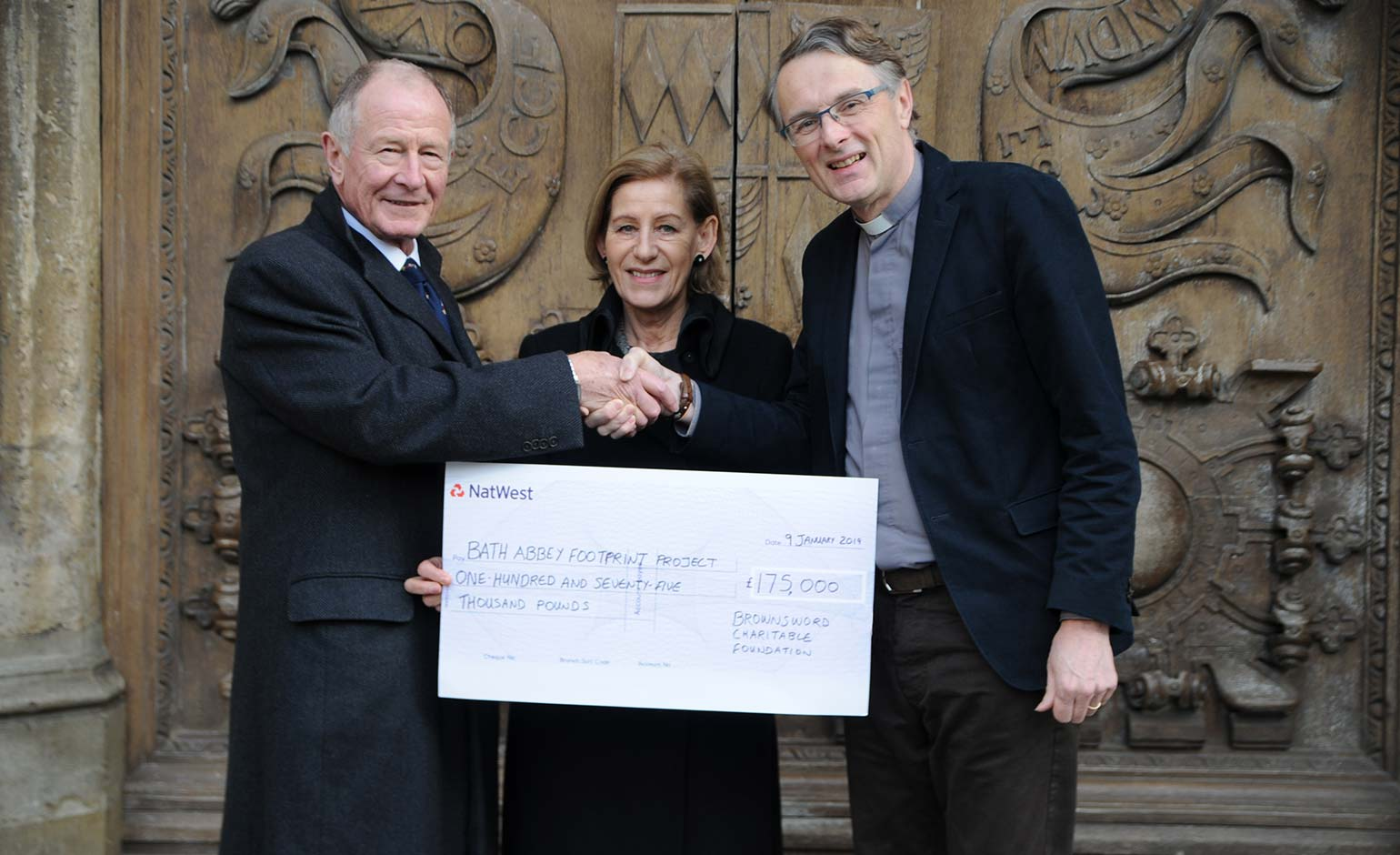 Brownsword Charitable Foundation presents £175k cheque to Bath Abbey