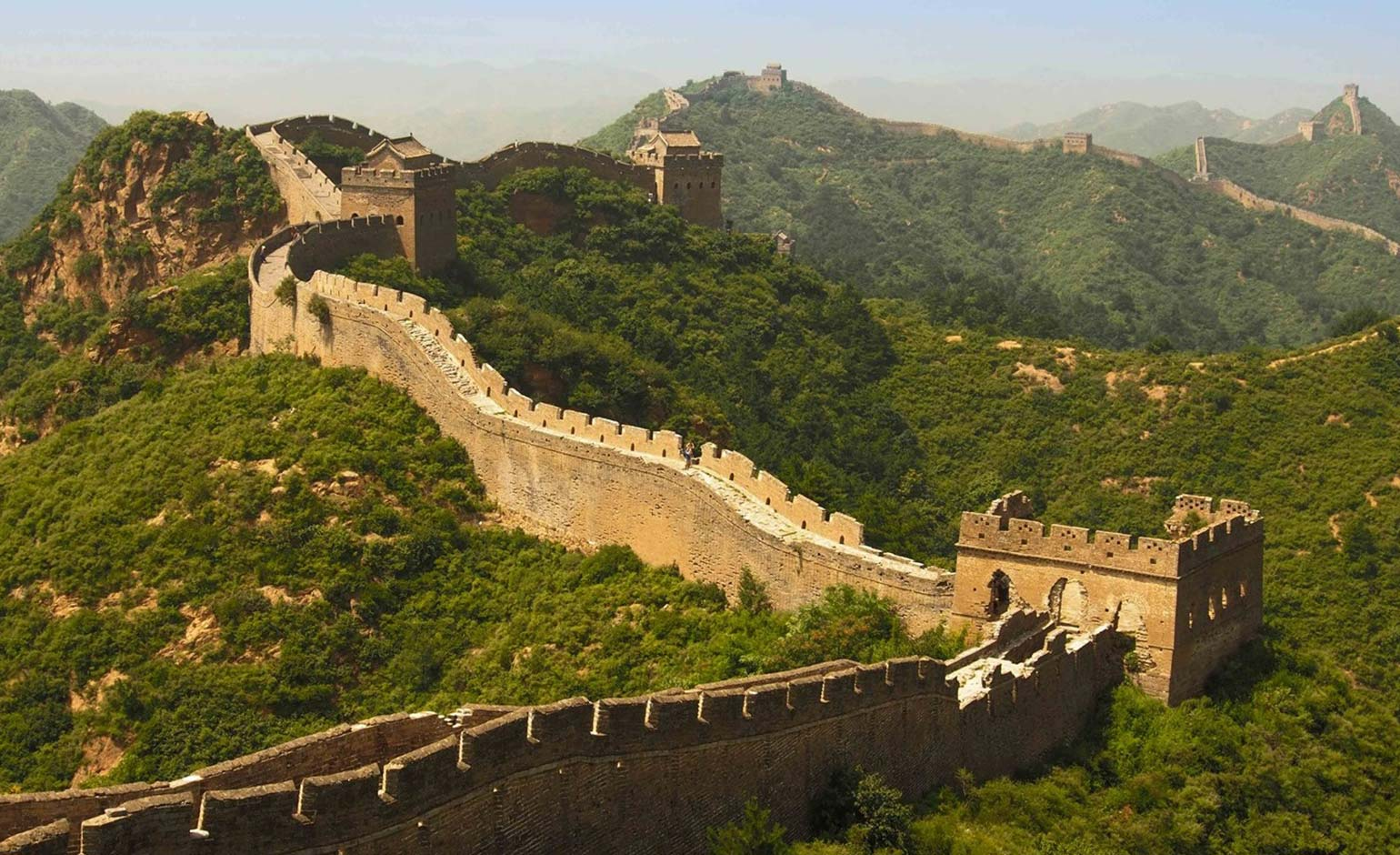 Bath family to trek Great Wall of China in aid of RUH's new Cancer Centre