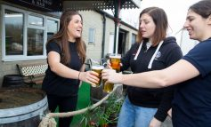 Box Steam Brewery teams up with Bath Rugby Ladies for joint birthday beer