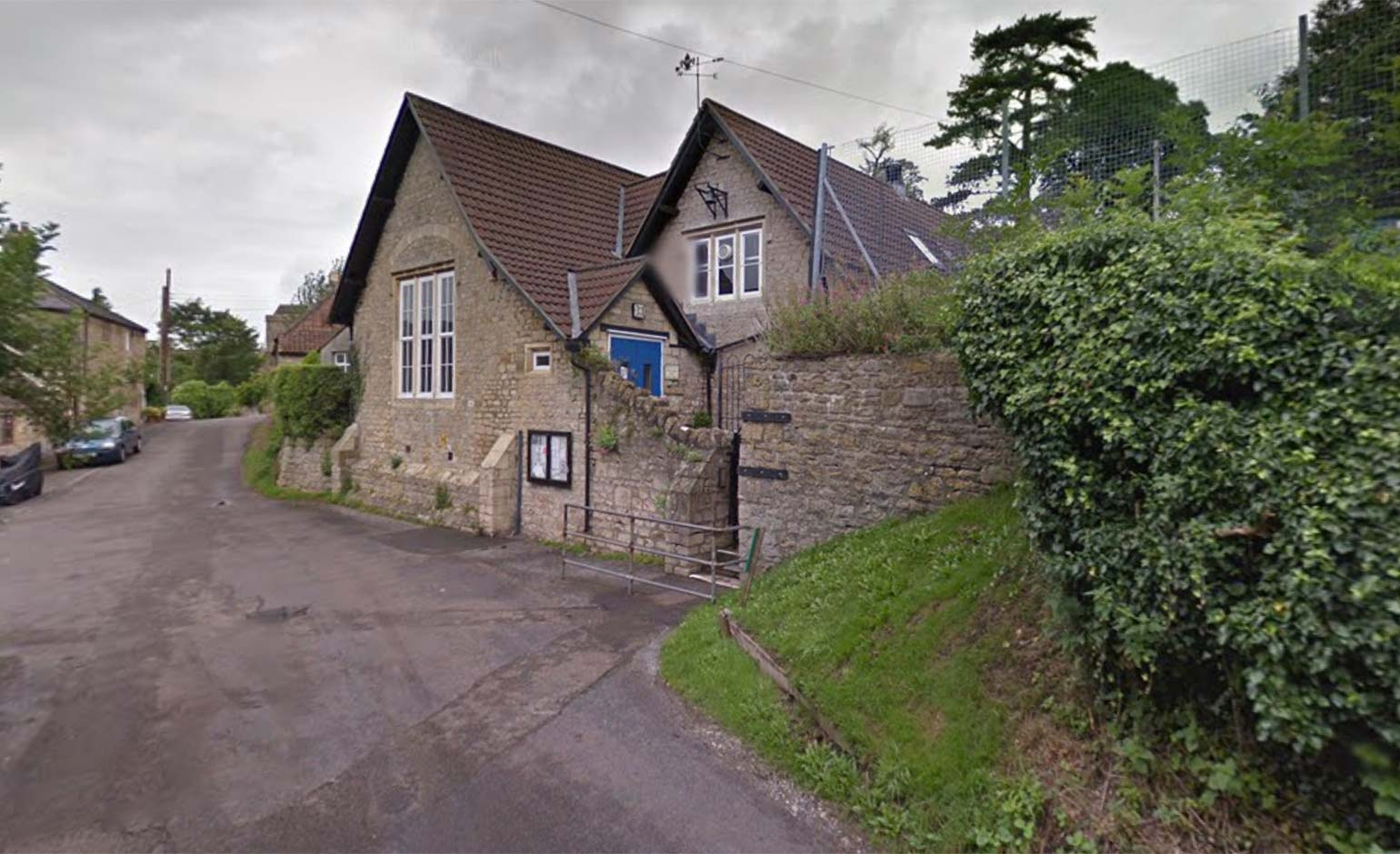 Investigation underway after wall collapse at Bath primary school kills worker