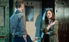 Review | The Girl on The Train - The Theatre Royal
