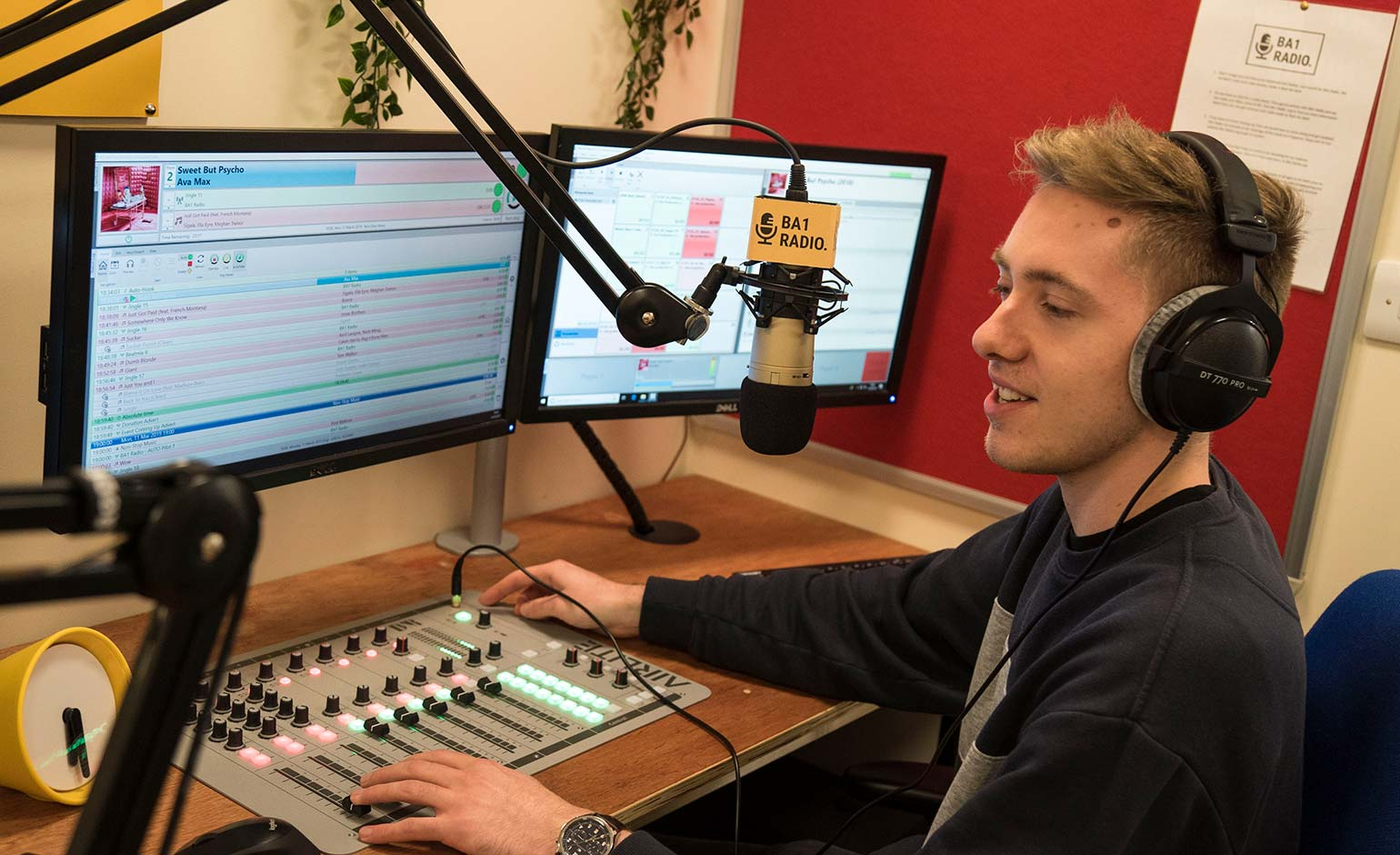 New local community station BA1 Radio set to hold open day this weekend | Bath Echo