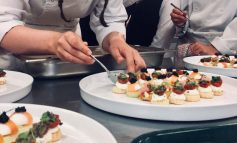 Top chefs and students raise £5,000 for Dorothy House at charity dinner