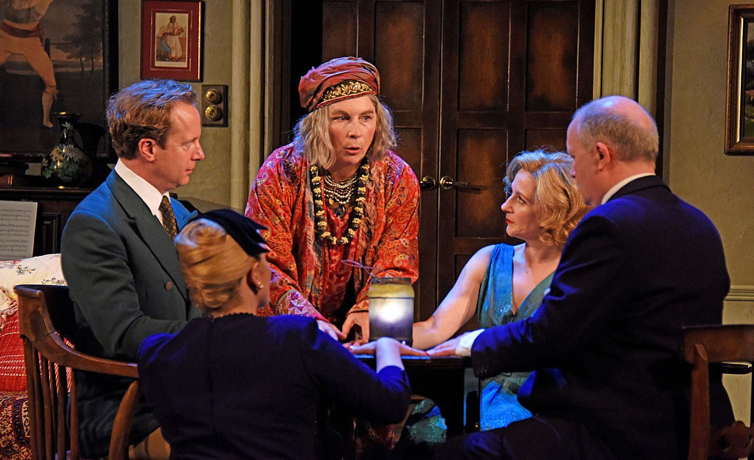 Review | Blithe Spirit – The Theatre Royal, Bath | Bath Echo
