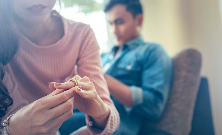 Law firm Stone King offers free information sessions to separating couples