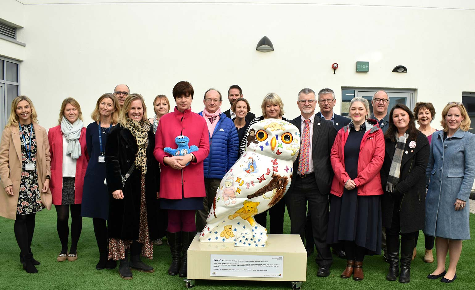 Special owl sculpture in memory of teenage girl goes on display at the RUH