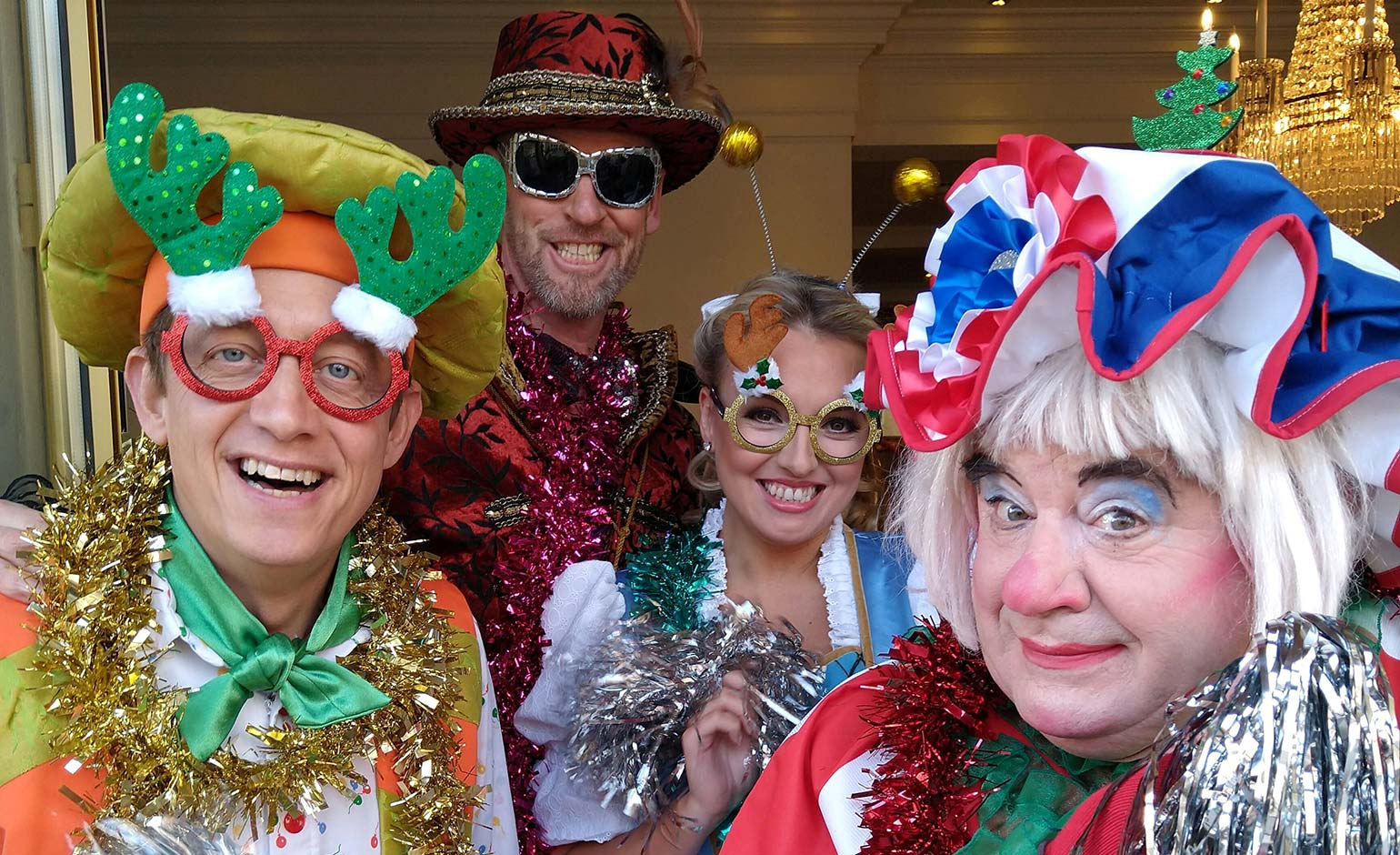 Theatre Royal pantomime stars shine spotlight on NSPCC Christmas campaign
