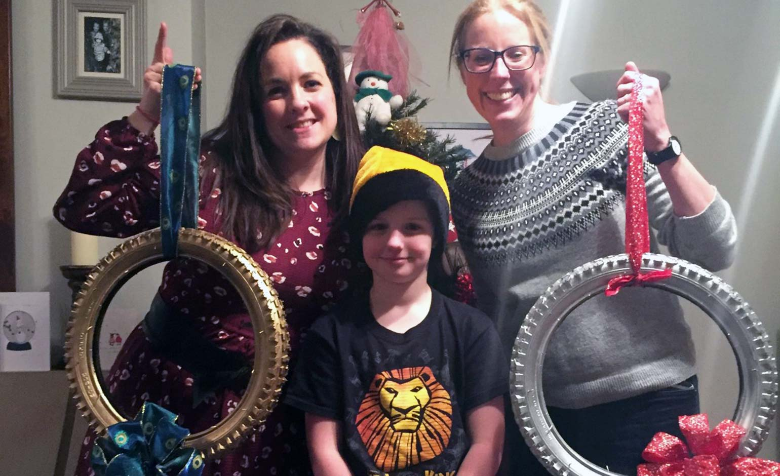 11-year-old sells wreaths made from old bike tyres in aid of Julian House