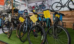 Welcome funding boost of nearly £30,000 for Julian House's bike workshop