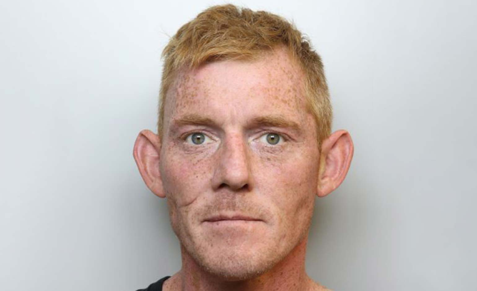 Police appeal for help to trace wanted man who may have travelled to Bath
