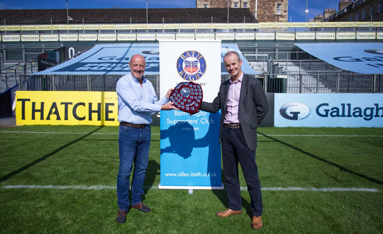 David Trick receives award recognising his commitment to Bath Rugby