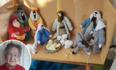 100-year-old Combe Down resident brings joy with knitted nativity scene