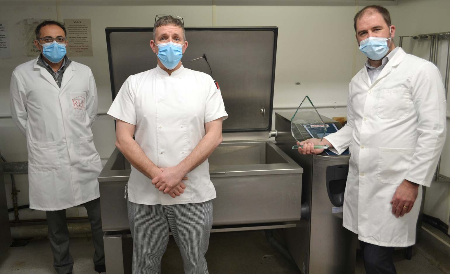 £100,000 kitchen investment sees RUH receive top catering accolade