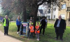 Innovative two minute litter picking station introduced at Keynsham park
