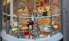 Pop-up shop helps raise more than £35,000 for charity thanks to community