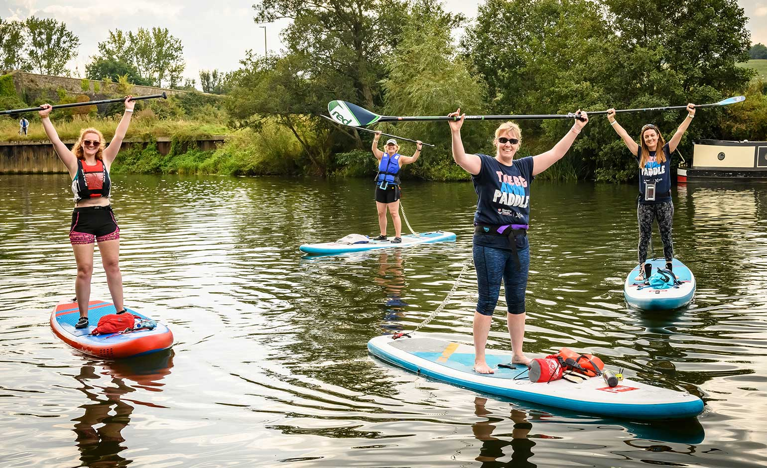 £13,000 raised for Dorothy House charity thanks to Big Avon Paddle event